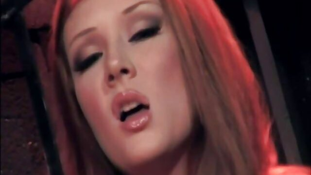 Dorosły bez rejestracji  Piękna porno w wysokiej jakosci blondynka torturowana we wszystkim, najwierniejsza Niewolnica jej