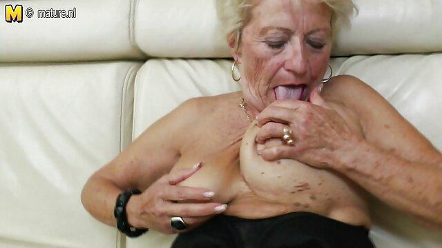 Dorosły bez rejestracji  Zamontowała kamerę filmy porno hd free w łazience, aby jej siostra podczas kąpieli zupełnie naga spotkała ją na szubienicy, dziewczyny nie mogły odmówić sobie pokusy, aby mocno się w niej zakochała.