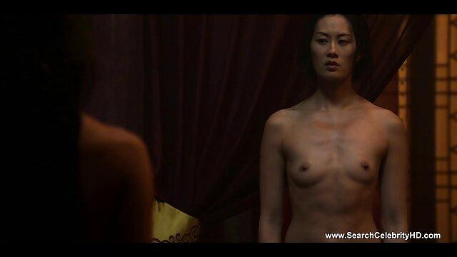 Dorosły bez rejestracji  japoński tatuaż piękny siedzący z jedną ręką film erotyczny hd