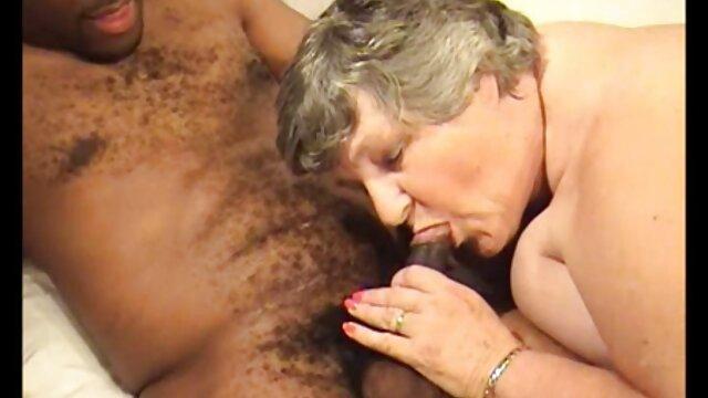 Dorosły bez rejestracji  Blondynka rozbiera filmiki porno hd kobiety jak porno