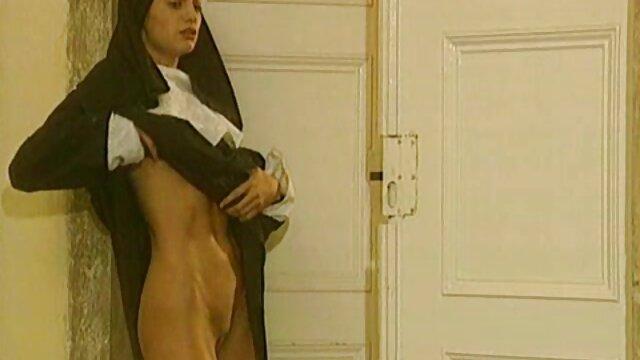 Dorosły bez rejestracji  Murzyn darmowa erotyka hd rozbił młodą miłość z dobrym tyłkiem