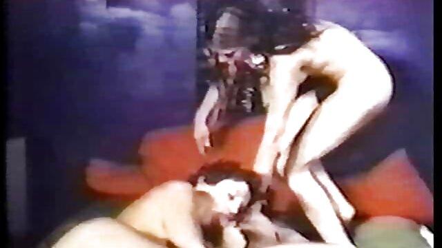 Dorosły bez rejestracji  Dwie dziewczyny, brązowe włosy, bielizna dyskretnie, wreszcie, darmowe filmiki porno w hd