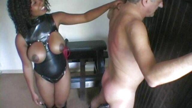 Dorosły bez rejestracji  Uważaj na młode kobiety wulgarna darmowe filmy erotyczne w hd matka, siostra masturbują się na krześle