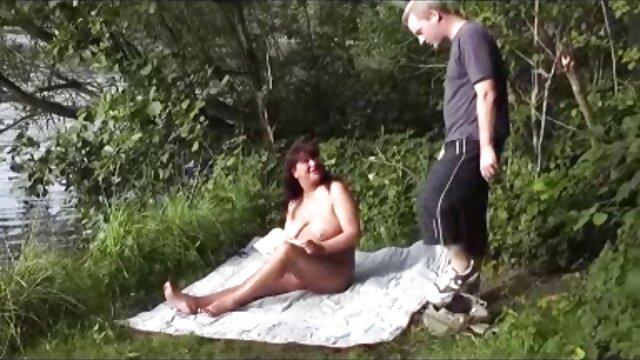 Najlepsze porno bez rejestracji  Latynos przebija filmy porno hd za darmo się przez wibracje